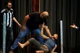 À Sanaa, une troupe de théâtre redonne le sourire dans un Yémen en guerre