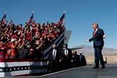 De plus en plus isolé, Trump évoque une candidature en 2024