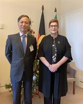 La ministre australienne des AE et du Commerce reçoit l'ambassadeur du Vietnam