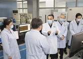 Li Keqiang met l'accent sur la recherche scientifique dans la lutte contre le virus