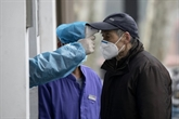 Virus : le bilan explose en Chine après un changement de calcul, des têtes tombent