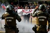 Chili : manifestations pro et contre une nouvelle Constitution