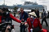 COVID-19 : des passagers du paquebot débarquent au Japon, plus de 2.000 morts en Chine