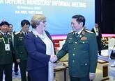 Les ministres de la Défense de l'ASEAN et de l'Australie se réunissent à Hanoï