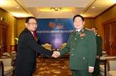 Le ministre vietnamien de la Défense reçoit un responsable de l'armée indonésienne