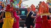 Tapis rouge pour Trump à son arrivée en Inde