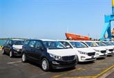 Thaco : une quarantaine de véhicules monospaces exportés en Thaïlande