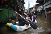 Indonésie : des inondations à Jakarta font au moins cinq morts et trois disparus