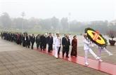 90e anniversaire de la fondation du Parti : hommage au Président Hô Chi Minh