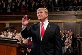 Gonflé à bloc, Trump vante une Amérique radieuse au Congrès