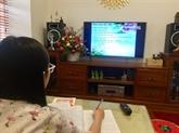 Hanoï propose des cours télévisés pour les lycéens et collégiens