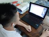La formation à distance aide les élèves à poursuivre leurs études