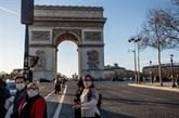 La France reconnaît un manque de masques et dénonce des vols