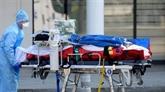 La pandémie de COVID-19 a tué plus de 30.000 personnes à travers le monde