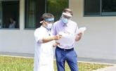 COVID-19 : un patient britannique de 71 ans guéri par l'Hôpital central de Huê
