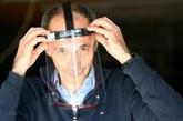 En Bretagne, des tissus nautiques aux visières de protection