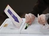 Législatives sud-coréennes : mesures sanitaires drastiques dans les bureaux de vote