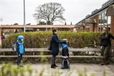 Les jeunes Danois reprennent le chemin de l'école