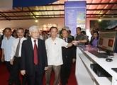 Le chef du PCV exprime ses vœux à l'Association des journalistes du Vietnam