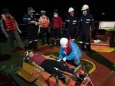 Un marin philippin transporté sur la terre ferme