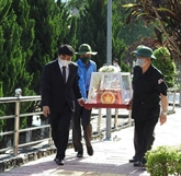 Inhumation des restes de 21 soldats vietnamiens tombés au Laos et au Cambodge