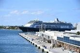 Coronavirus : le Zaandam avec ses passagers malades accoste en Floride