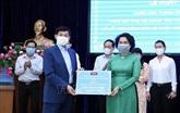Les Vietnamiens résidant à l'étranger soutiennent la lutte contre le coronavirus