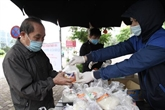 COVID-19 : Hanoï débloque 650 milliards de dôngs en faveur des pauvres