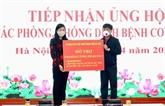 Hanoï : les dons affluent pour soutenir la lutte anti-coronavirus