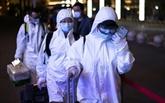 Wuhan rouvre, l'attente du pic en Europe