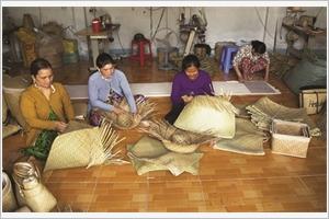 Kiên Giang  lart de la vannerie des Khmers à Phú My