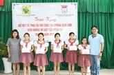 Coronavirus : l'Union des organisations d'amitié de Hô Chi Minh-Ville assiste des écoles