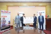 La société AstraZeneca fait don de 400.000 masques médicaux au Vietnam