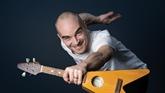 Gestes barrière en chanson : succès viral et clip pour Aldebert