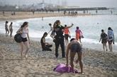 Madrid et Barcelone retrouvent leurs terrasses, de premières plages rouvrent en Espagne