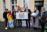 Le maire de Berlin apprécie les activités philanthropiques de la communauté vietnamienne