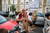 Royaume-Uni : le conseiller de Johnson se défend d'avoir enfreint le confinement