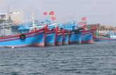 Sanction administrative de deux propriétaires de bateaux de pêche pour violation des eaux étrangères