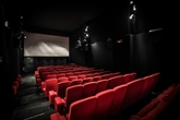 En France, réouverture le 2 juin des théâtres et musées, le 22 pour les cinémas