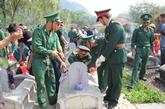 Thanh Hoa : inhumation de restes de 20 soldats volontaires et experts vietnamiens tombés au Laos
