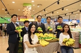Des bananes vietnamiennes dans les rayons de la chaîne de supermarchés sud-coréenne Lotte Mart