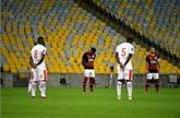 Brésil : le foot reprend malgré la pandémie dans l'État de Rio