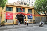 À la découvertedela prison Hoa Lo dans la nuit