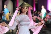 Défilé de l'ao dai - patrimoine culturel du Vietnam