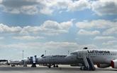 Lufthansa, en perte, s'attend à une