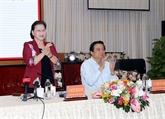 La présidente de l'AN Nguyên Thi Kim Ngân travaille avec les autorités de Long An
