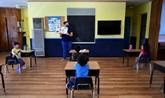 Réouverture des écoles, masques : les États-Unis s'écharpent alors que les cas explosent