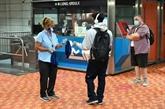 Le Québec rend les masques obligatoires dans les lieux publics fermés
