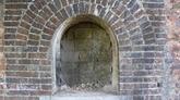 Deux anciennes portes découvertes dans la cité impériale de Huê