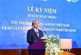Le PM Nguyên Xuân Phuc sonne le gong pour les 20 ans du marché boursier